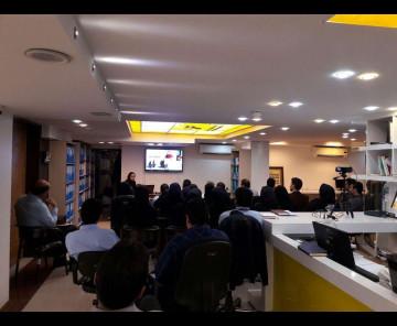 برگزاری دوره مشتری مداری در محل دفتر مرکزی کارگزاری ایساتیس پویا مورخ 20و 21 آبان ماه
